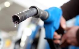 Giá dầu giảm 70%, giá xăng ở châu Á đã giảm bao nhiêu?