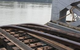 Vụ cầu Ghềnh bị sập: Ngày mai chính thức trục vớt