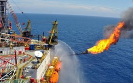 """Túi tiền quốc gia nhìn từ """"cơn sốt"""" của giá dầu"""