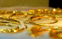Vàng tiếp tục suy yếu