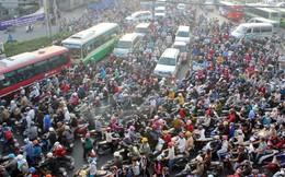 Chỉ hạn chế xe cá nhân khi giao thông công cộng phát triển
