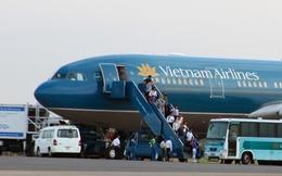 """Bộ trưởng Đinh La Thăng: """"Lợi nhuận Vietnam Airlines cao thế, phải giảm giá cho bà con được nhờ"""""""