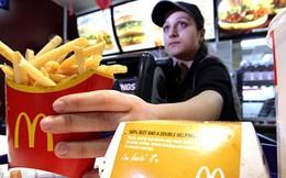 Coi thường công việc và cho rằng, bản thân chỉ làm tạm vì tiền: Cô gái này nhận bài học đắt giá sau 4 năm kẹp thịt vào bánh mì ở McDonald's