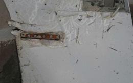 """Hai mảnh vỡ được xác nhận """"gần như chắc chắn"""" là của MH370"""