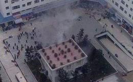Bốt điện nổ như bom, người dân chung cư HH Linh Đàm náo loạn
