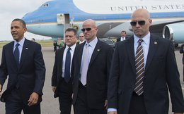 Trên 1.000 người tháp tùng ông Obama