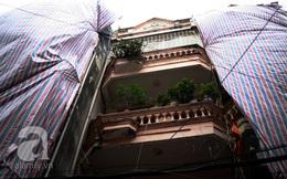 Hà Nội: Phá bỏ 4 căn nhà 5 tầng có chung móng bằng... cọc tre đang lún, nghiêng chờ sập