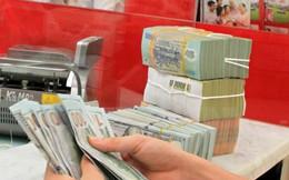 12/1: USD tự do tiếp tục rơi mạnh về 22.720 đồng/USD