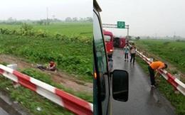 Hà Nội: Xe khách lật trên cao tốc Pháp Vân, 11 người thương vong