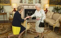 Tân Thủ tướng Anh Theresa May tuyên thệ nhậm chức