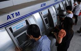 Thẻ ATM sẽ được chuyển từ thẻ từ sang thẻ chip để phòng chống tội phạm