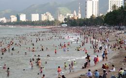 Lấn vịnh Nha Trang để bờ biển rộng hơn?