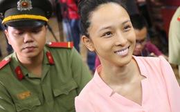 Hoa hậu Phương Nga và Thùy Dung được tại ngoại