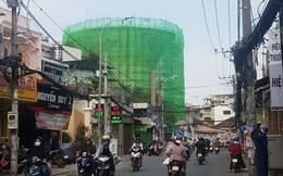 Cận cảnh thủy đài khổng lồ bị tháo dỡ ở Sài Gòn