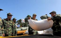 Phân bổ 40 tấn hàng viện trợ của Nga đến các địa phương thiệt hại nặng trong bão 12