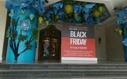 Cảnh trái ngược tại Tràng Tiền Plaza và Vincom trong ngày Black Friday