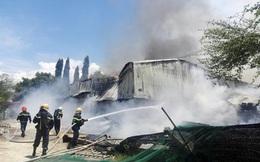 Cháy rụi nhà máy chế biến bã mía hơn 1.000 m2