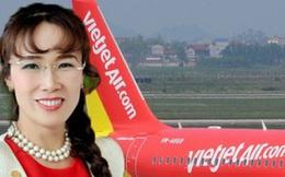 Vì sao buộc khách phải bỏ tiền mua đồ ăn nhưng bà Phương Thảo vẫn khiến ngày càng nhiều người chọn Vietjet để bay?