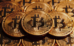 Có thực là 1 Bitcoin có giá gấp rưỡi 1 ounce vàng?