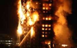 Hiện trường cao ốc 27 tầng chìm trong biển lửa, nhiều người mắc kẹt