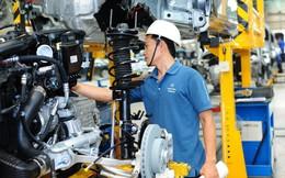 Thấy gì từ nghịch lý năng suất lao động thấp và thâm dụng vốn cao của doanh nghiệp Việt Nam?