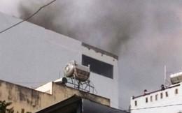 Clip: Hiện trường vụ cháy khách sạn đường Quang Trung