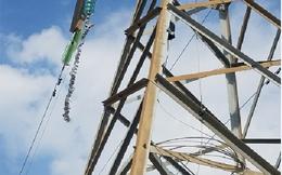 Đứt cáp điện vượt biển, đảo Cát Bà mất điện hoàn toàn
