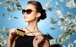 Dùng thẻ thay cho tiền mặt: Xu thế và đẳng cấp