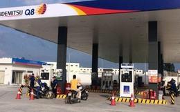 Xăng dầu giá rẻ: Ngồi đó mà chờ sung rụng