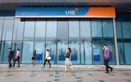 Sếp ngoại của VIB liên tục gom cổ phiếu