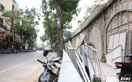 Phố bích họa Phùng Hưng biến thành bãi trông xe nhếch nhác