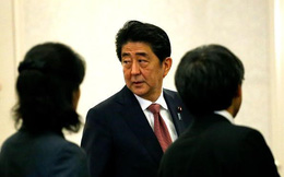 Đảng của Thủ tướng Abe thất bại nặng nề trong bầu cử ở Tokyo