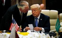 """Tổng thống Trump cảnh báo Ngoại trưởng Tillerson """"đừng phí sức"""" với Triều Tiên"""