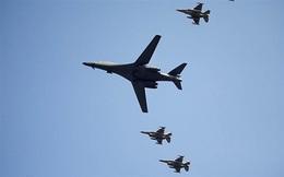"""[Video] Mỹ điều """"siêu"""" máy bay ném bom tới bán đảo Triều Tiên"""