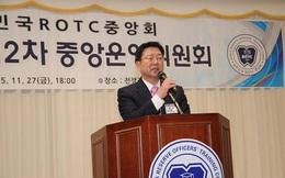 Cựu CEO Samsung đến Việt Nam chia sẻ bài học làm lao công để tìm cơ hội đứng trên vai người khổng lồ