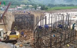 Chùm ảnh: Khắc phục hậu quả mưa lũ ở Mường La
