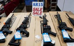 Dân Mỹ đổ xô đi mua súng trong ngày giảm giá Black Friday