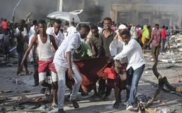 Những hình ảnh tang thương tại hiện trường vụ xe tải bom làm 276 người thiệt mạng