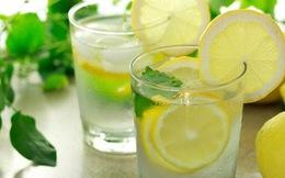 Điều gì sẽ xảy ra khi uống nước chanh ấm vào 7h sáng, 11h30 sáng, 5h30 chiều và 8h tối?