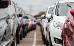 Giá chỉ 308 triệu đồng, xe dưới 9 chỗ 'đốt cháy' thị trường