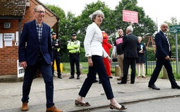 Bầu cử Anh: Cú sốc cho bà Theresa May?