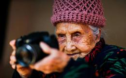 Nữ nhiếp ảnh gia cao tuổi nhất Trung Quốc: 105 tuổi vẫn miệt mài với đam mê