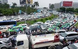 Sân bay Tân Sơn Nhất lại kẹt xe nghiêm trọng