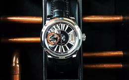 Bên trong chiếc đồng hồ trị giá 45.000 USD này là một giọt rượu whisky đã 155 tuổi