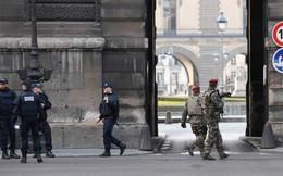 Lính pháp bắn hạ kẻ tấn công bằng dao gần bảo tàng Louvre