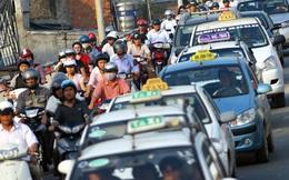 Gặp khó vì Uber, Grab, Taxi truyền thống lại than về đề xuất mới của Hà Nội
