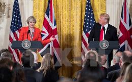 Ông Trump bàn về lệnh trừng phạt Nga trong cuộc hội đàm với bà May