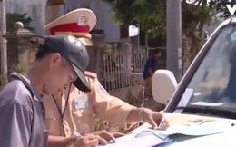 Vẫn xử phạt chủ xe dùng đăng ký bản sao có xác nhận ngân hàng