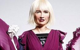 """Robot Sophia xuất hiện trên bìa tạp chí thời trang Anh: """"Chúng tôi thấy sợ hãi"""""""