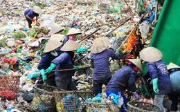 """Người dân Khánh Sơn mời lãnh đạo Đà Nẵng """"trải nghiệm"""" 1 ngày sống bên bãi rác"""